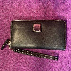 Dooney & Bourne black leather wristlet